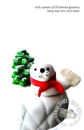 baby seal mini fruit cake