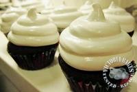 hi-hat cupcake (560x374) (200x134)