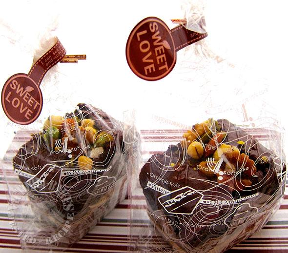 gift wrapped pound cake