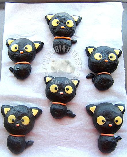 chococat bamboo charcoal buns