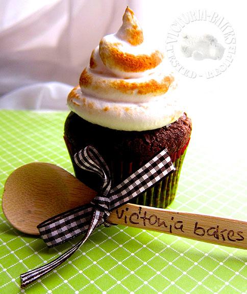 hi hat cupcake