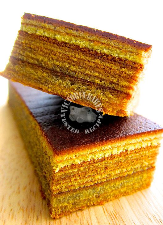 mossy green layer cake