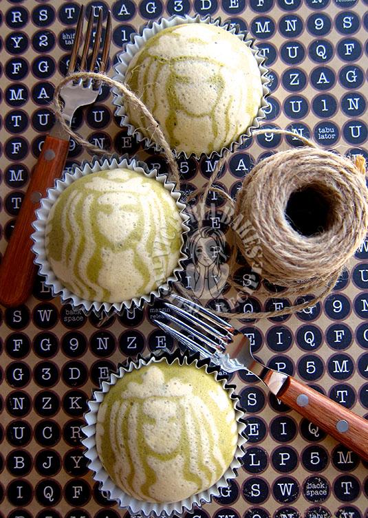 steam matcha cupcake