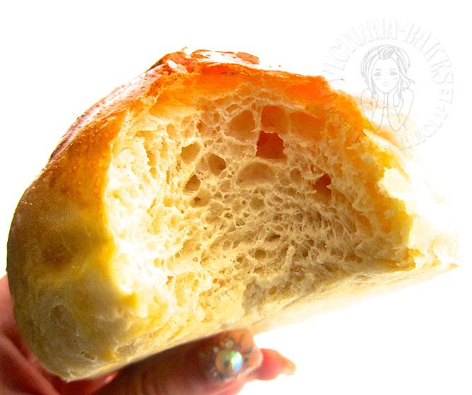 light brioche buns