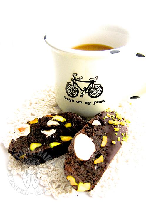 mini chocolate-nut biscotti 迷你巧克力坚果意式脆饼 ▼o・ェ・o▼