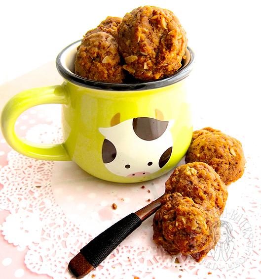 world's best cookies a.k.a. that 70s elusive cornflake cookies 世界上最好吃的曲奇又称70年代难以捉摸的玉米片曲奇