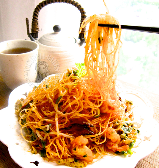 chen shimei fried bee hoon (no soy sauce) 陈世梅炒米粉 (无生抽版) ( ˘▽˘)っ♨