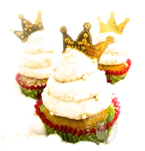 pandan cupcakes with gula melaka buttercream 班兰杯子蛋糕配椰糖奶油霜