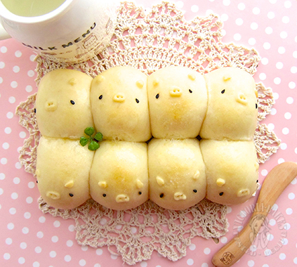3D piggy milk shokupan (japanese style white sandwich bread) 立体小猪日本奶香吐司面包