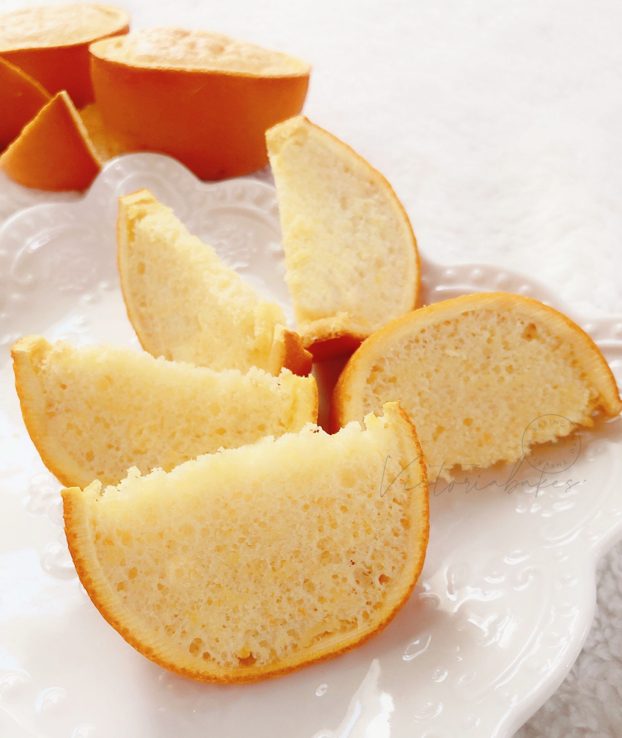 mini chiffon cake in the orange 香橙中的迷你香橙戚风蛋糕