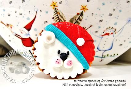 thirteenth splash of Christmas goodies ~ mini chocolate, hazelnut & cinnamon kugelhupf