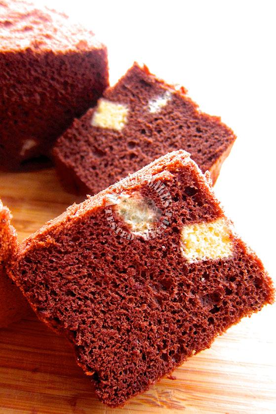 chocolate chiffon cake ~ melted chocolate & cocoa 巧克力戚风蛋糕 (*^^*)