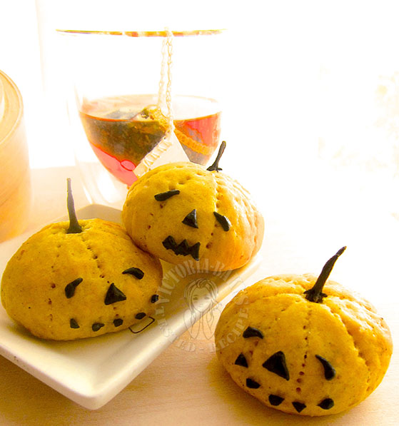 steamed halloween pumpkin buns 蒸南瓜鬼包子 (^-^)_日