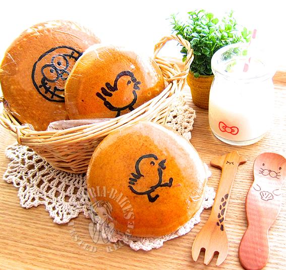 hand painted dorayaki (with instructions) 彩绘铜锣烧 (ʃƪ ˘ ³˘)