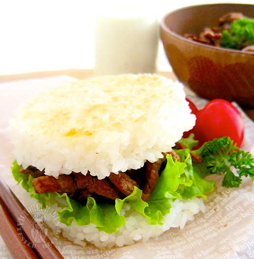 what to do with leftover rice? what about homemade mOs burger 剩下的米饭做啥呢~ 自制摩斯汉堡