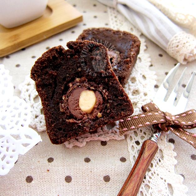 ferrero rocher pound cake ~ yummay 金莎巧克力磅蛋糕~ 好吃