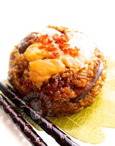ha mai lo mai kai 虾米糯米鸡 (steamed savoury glutinous rice with dried shrimps) (^人^)