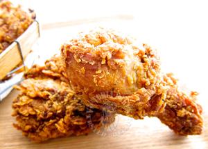 """copycat """"K*C"""" fried chicken ~ highly recommended肯*鸡炸鸡~ 强推哦  (͒⑅′࿉‵⑅)͒ෆ*"""