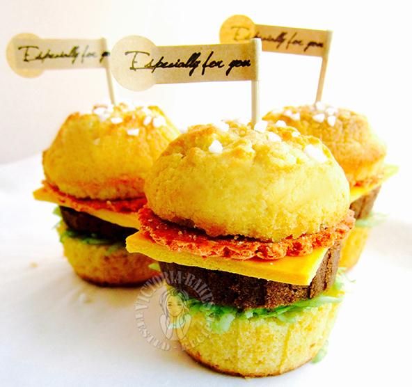 """hamburger"" cupcake ""汉堡"" 纸杯蛋糕"