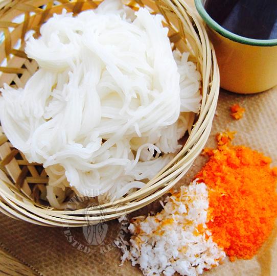 indian snack ~ putu mayam/idiyappam 印度小食 putu mayam