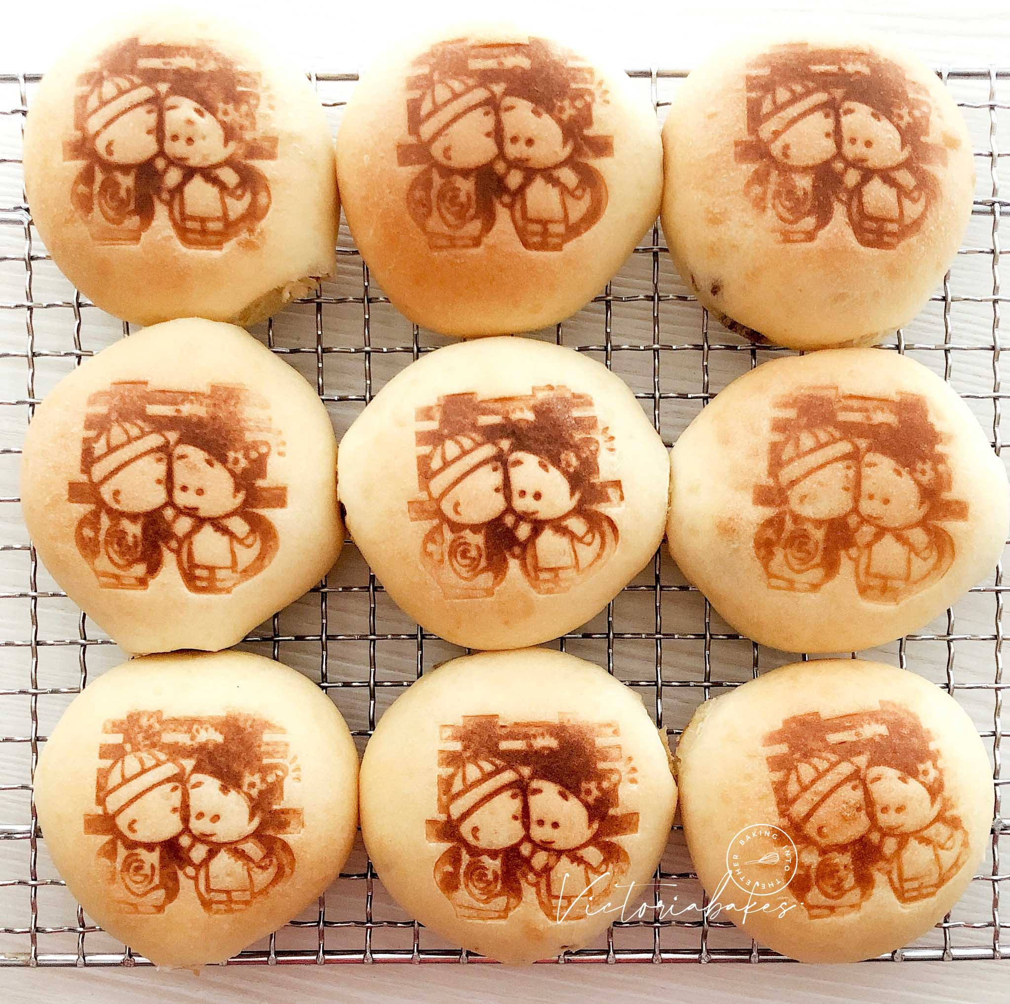 cantonese teahouse baked char siew buns ~ highly recommended 广式茶楼叉烧餐包~ 强推